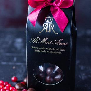 Dzērvenes tumšajā šokolādē