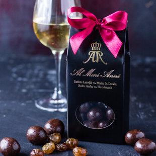 Ērkšķogas tumšajā šokolādē ar baltvīna garšu